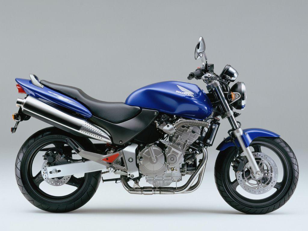 honda hornet 600 1998 2002 opinie motocyklist w. Black Bedroom Furniture Sets. Home Design Ideas