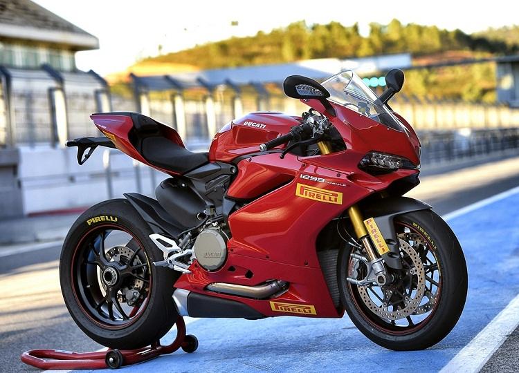 Pirelli Diablo Supercorsa SP V2 w Panigale 1299