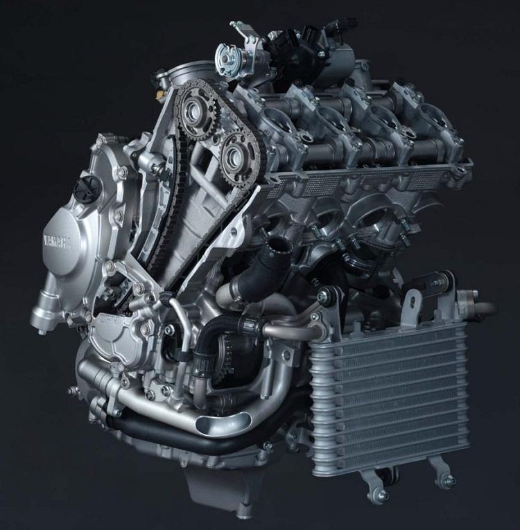 Silnik Yamaha R1 2015