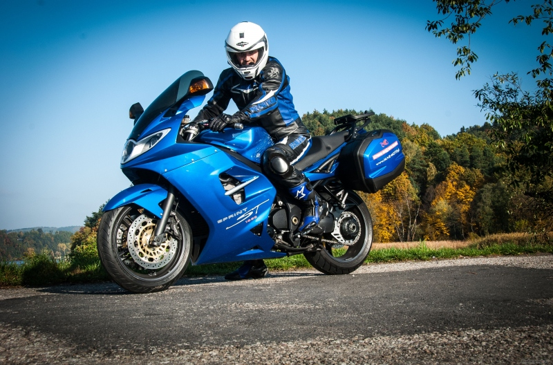 triumph sprint st 1050 2005 2010 opinie motocyklist w. Black Bedroom Furniture Sets. Home Design Ideas
